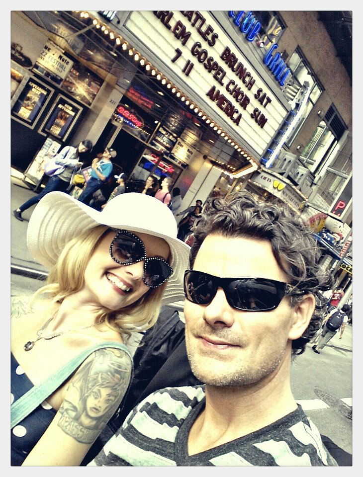 On the pedicab in Times Square with Hotbuns - best $120 we accidently spent! ::simper::