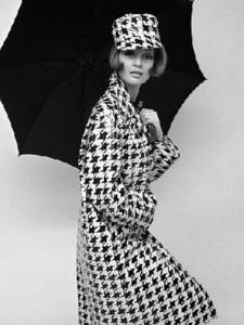 I really DO need a charming parasol...
