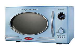Retro-style microwave oven from Nostalgia Electrics to with your