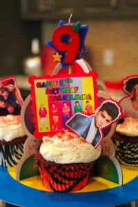 These 1D cupcakes I made for Mini Maven's birthday this year are about as creative as I have tried to get. So, you can see the level of skill I am starting out with. May the force be with me (and our fire extinguisher)...